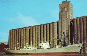 P1291 vintage postcard the ship silvaplana loads grain @ worlds largest elevator
