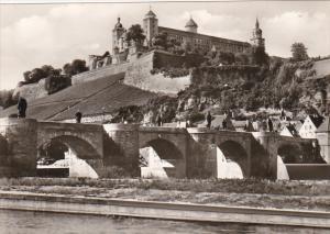 Germany Wuerzburg Alte Mainbruecke und Festung Marienberg