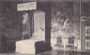France Chateau de Cheverney Chamber a coucher du Roi