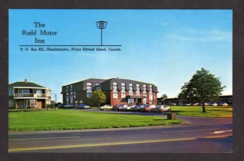 PEI Rodd Motor Inn Charlottetown Prince Edward Island Postcard Carte Postale PC