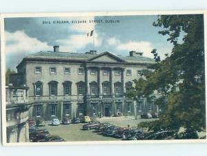 1940's OLD CARS AT BUILDING ON KILDARE STREET Dublin Ireland hn6411