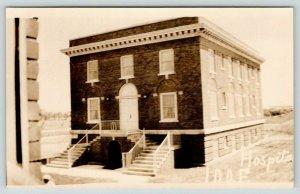 Mason City IA Split Steps Meet @ Center Door~Odd Fellows Hospital~IOOF~RPPC 1933