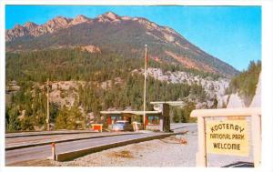 Kootenay National Park Entrance, RADIUM HOT SPRINGS, British Columbia, Canada...