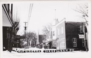 RP: Rue ST PIERRE , TERREBONNE , Quebec , Canada , 30-40s