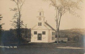 RP: THETFORD , Vermont, 1920-30s ; 3 view postcard10s ; Church