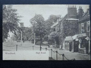 London WOODFORD High Road showing THE GEORGE HOTEL c1905 Postcard by Wrench