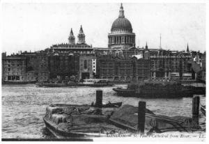 Postcard c1900's LONDON St. Pauls Cathedral from River Reproduction Card NEW