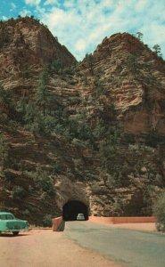 Zion National Park, Utah, UT, East Entrance, Chrome Vintage Postcard g9254