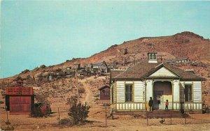 Inland Distributing Rosamond California Tropico Gold Camp Postcard 20-12718