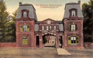 Poughkeepsie New York~Vassar College Entrance Gate~Clock over Arch~1910 Postcard