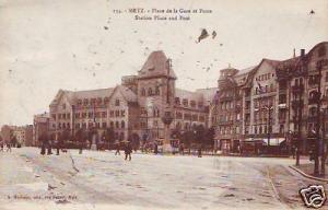 CPA Moselle Metz Place de la Gare et Poste (p84513)