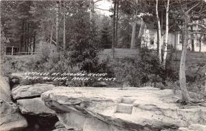D12/ Port Austin Michigan Mi Real Photo RPPC Postcard 1945 Cottages Broken Rocks