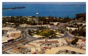 FL - Sarasota. St. Armand's Circle, St. Armand's Key