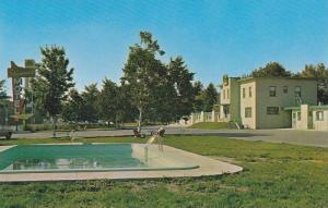 Swimming Pool,  Motel Shamrock Motel,  Quebec,  Canada,  40-60s
