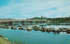 Canada Le pont traversant le St-Maurice Shawinigan Quebec 1969