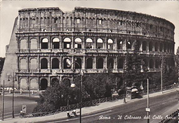 Italy Roma Rome Il Colosseo dal Calle Operia 1955