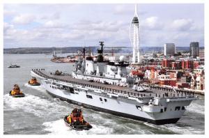 Postcard RN Aircraft Carrier HMS Illustrious, Arriving at Portsmouth, 2011 23D