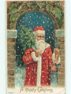 Pre-Linen Christmas SANTA CLAUS DELIVERING SMALL CHRISTMAS AB4717