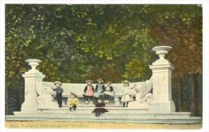 Children, Bank Verhoull: Scheveningsche Boschjes, Netherlands, 1900-1910s