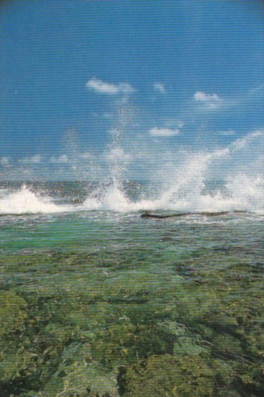 Micronesia Ocean Spray Rough Surf