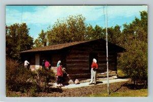 Bismarck ND- North Dakota, Theodore Roosevelt Hunting Cabin, Chrome Postcard