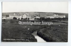 tp9081 - Devon - The River by Dartmoor Prison at Princetown - postcard - Chapman
