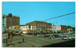 1950s/60s Walnut and Center Streets, Goldsboro, NC Postcard *5E4