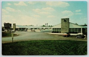 Cincinnati Ohio~Drake Motel~Executive Inn~Reading Road~Pool~1950s Cars~Postcard