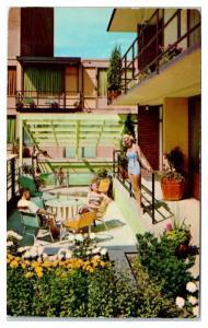 1973 The Curtis Motor Lodge, Minneapolis, MN Postcard