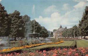 Netherlands Arnhem Janssingels Brunnen Fountain Promenade Flowers