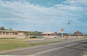 ST. LEONARD , New Brunswick , Canada , 1950-60s ; Redwood Villa Motel