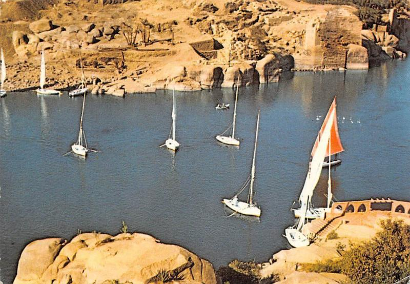 Egypt Asswan Sailing Boats on the Nile at Aswan Bateaux