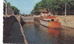 Boat in locks , BOBCAYGEON , Ontario , Canada , PU-1967