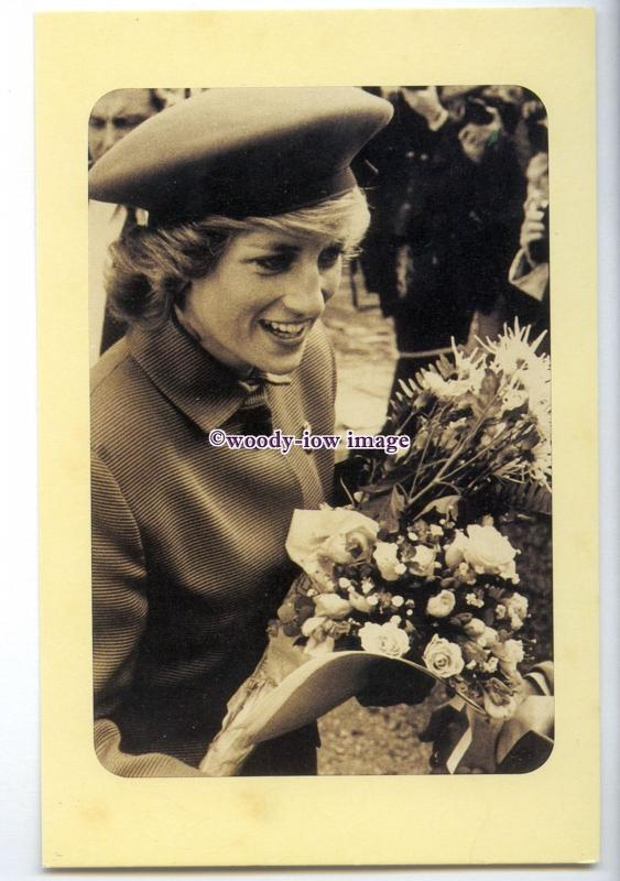er0163 - Princess Diana as Colonel-in-Chief at Winchester, 02/03/1989 - postcard