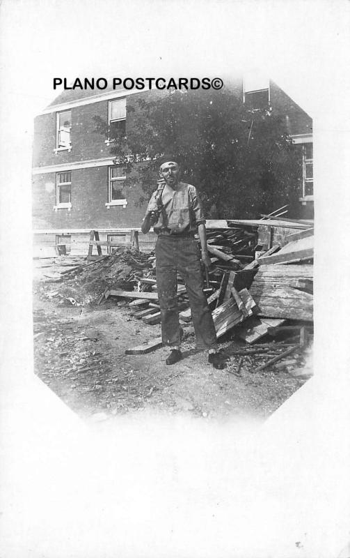 CONSTRUCTION WORKER-EARLY 1900'S RPPC REAL PHOTO POSTCARD