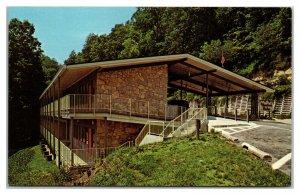 SLADE, Kentucky ~ Hemlock Lodge Natural Bridge State Resort Park Postcard