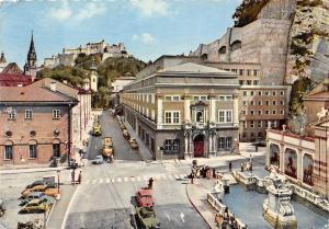 Salzburg Neues Festspielhaus und Pferdeschwemme Auto Vintage Cars Street Statue