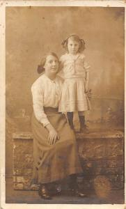 Glamour Lady, Dame, Girl, H.J. Seaman Niton