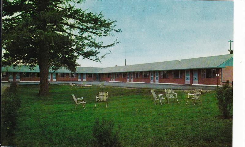 Colonial Motel, Highway No. 11, Yonge Street, Richvale, Ontario, Canada, 40-60s