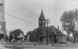 Bedford Iowa~Methodist Episcopal ME Church~Neighborhood Homes~1911 RPPC