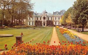 Guernsey, Saumarez Park, The Hostel of St. John, Tulips