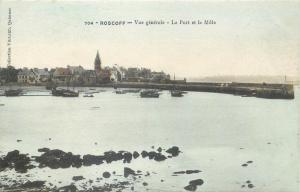 France ROSCOFF le port et le mole CPA
