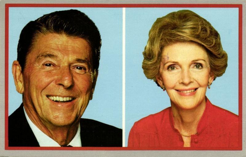 40th President of the United States Ronald Reagan and his Wife Nancy (1986)