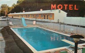 Canaan New York~Berkshire Spur Motel~Pool~Slide~Diving Board~1960s Cars~Postcard