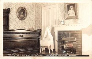 E37/ Mentor Ohio Real Photo RPPC Postcard c30s President Garfield Home Interior1