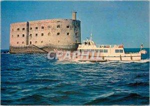 Postcard Modern Regie departementale water passages of Charente Maritime Boat