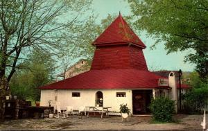 Tennessee Mt Pleasant Miss Hannah's Antique Smokehouse
