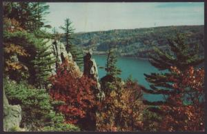 Devil's Lake,State Park,Baraboo,WI Postcard BIN