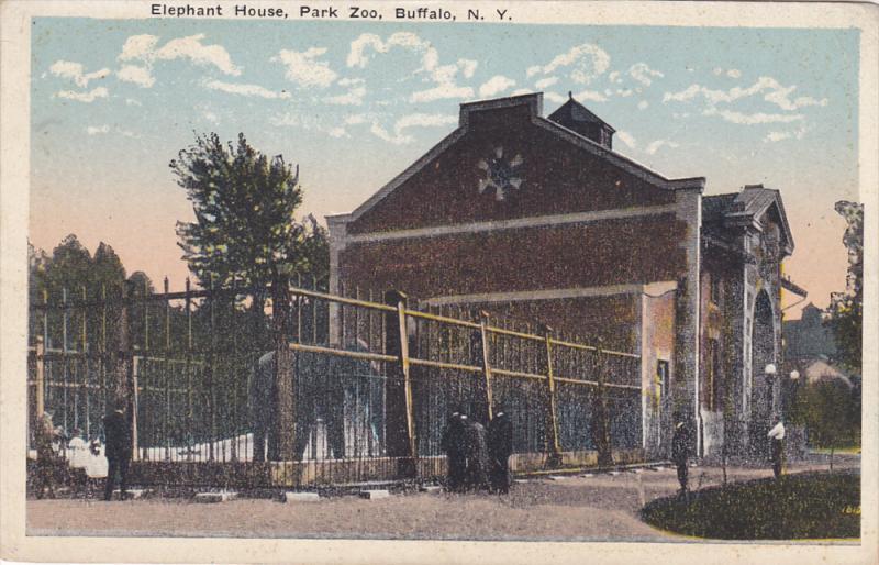 Exterior,  Elephant House,  Park Zoo,   Buffalo,  New York,   00-10s