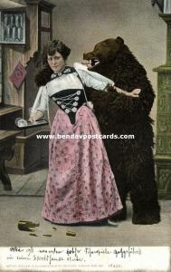 switserland, Woman in Bern Costumes with Brown Bear, Berner Tracht (1904) I